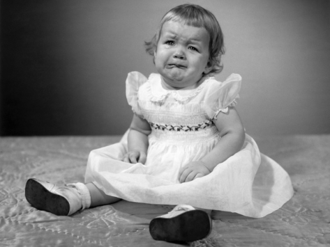 george-marks-crying-little-girl_i-G-56-5646-D9LMG00Z